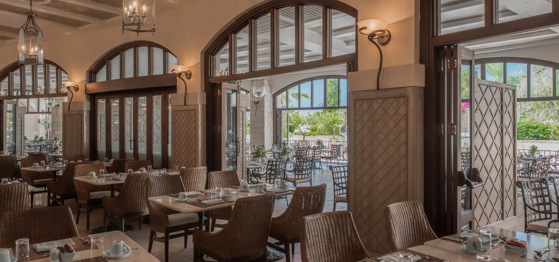 Lemonia Piazza Restaurant Cyprus Family Dining Paphos