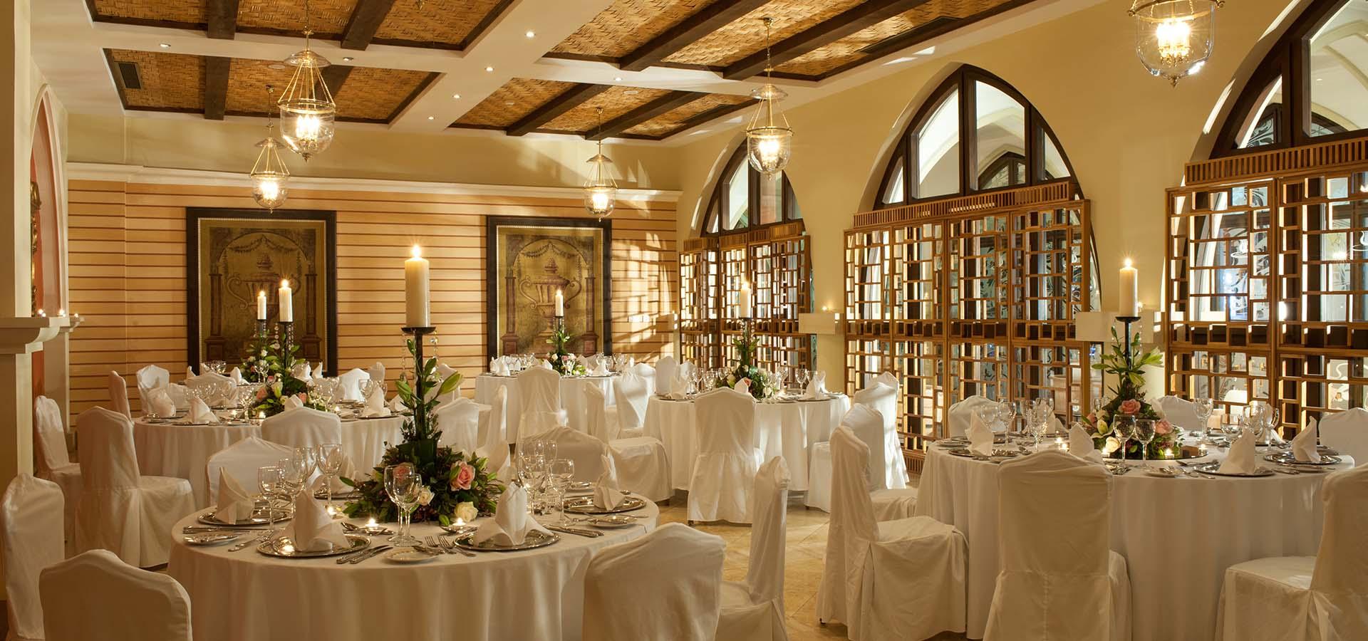 Basilica Foyer Elysium Hotel : Luxuriöses konferenzhotel zypern messina hall das elysium