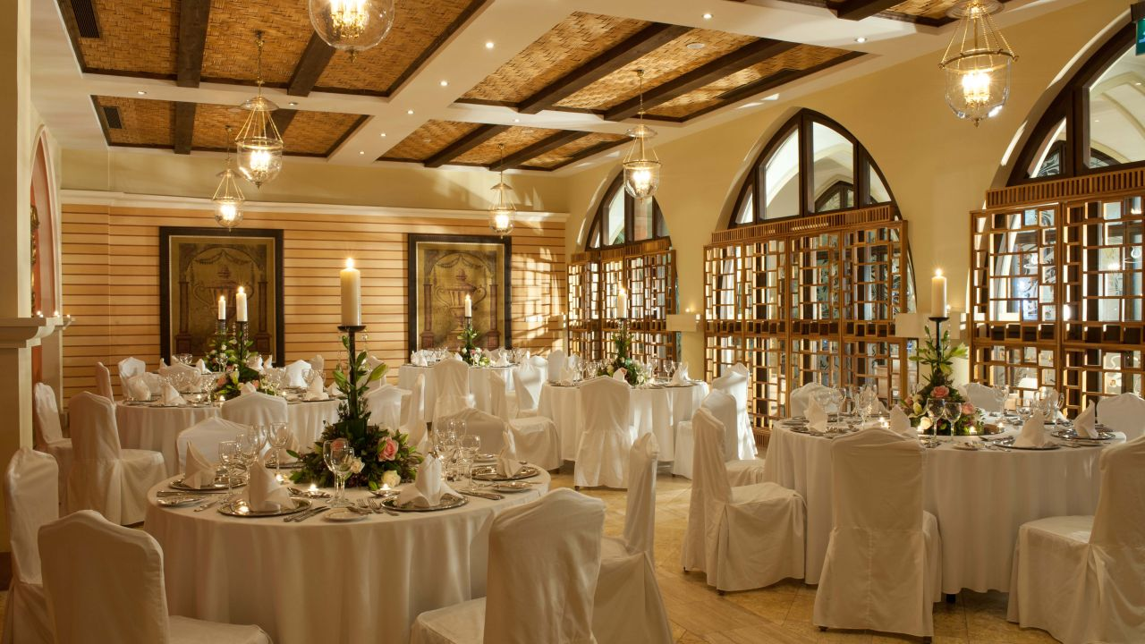 Basilica Foyer Elysium Hotel : Book your wedding day in elysium hotel paphos